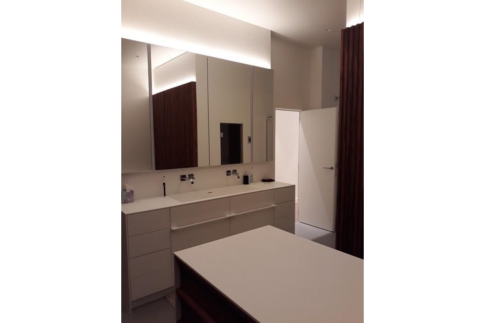 sanitair appartement V te Gent